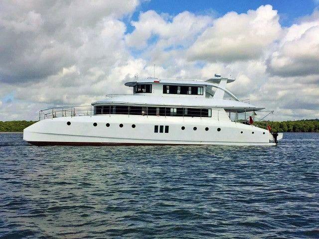 Lindo Barco Catamarã - Foto 3