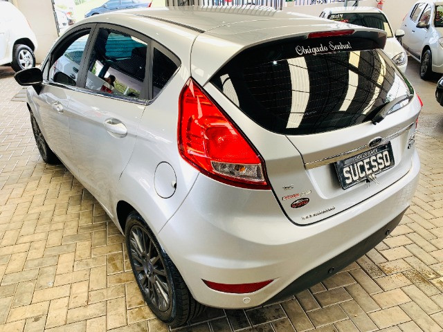 Ford / New Fiesta Titanium Hatch 1.6 Flex (Automático + Couro) - Foto 4