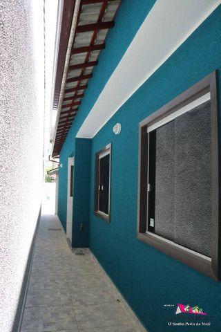 Linda Casa de 3 Quartos com Piscina em Itaipuaçú! - Foto 8