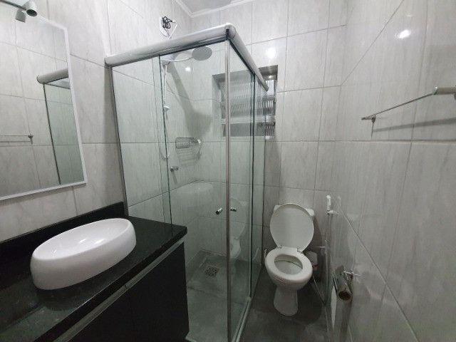 Casa com 2 apartamentos de 90m2 cada mobiliado + espaço comercial.  - Foto 5