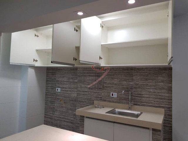 Apartamento no Ed. Grand Prix, com suíte, cozinha americana, vaga de garagem - reformado! - Foto 6