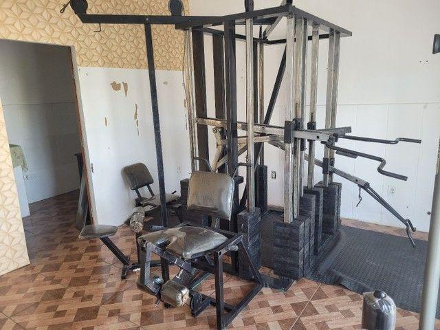 Estação de musculação multifuncional é uma academia completa  - Foto 3