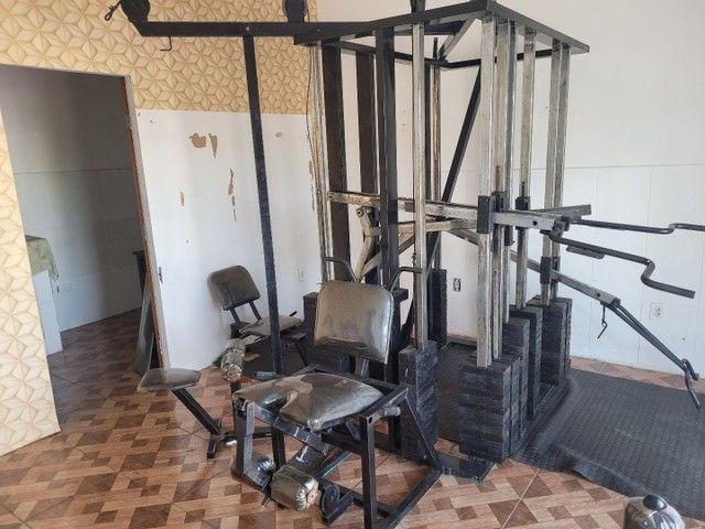 Estação de musculação multifuncional é uma academia completa  - Foto 2