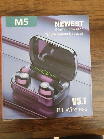 Fone de ouvido Bluetooth M5 (aceito trocas)