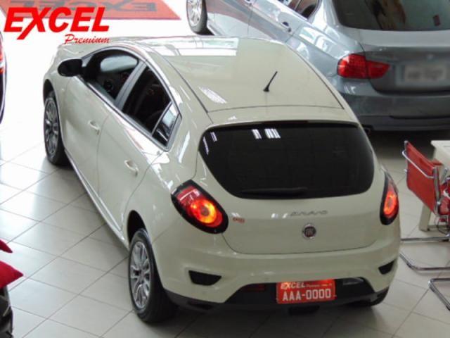Fiat Bravo Essence 1.8 Flex Dualogic 2016 Branco