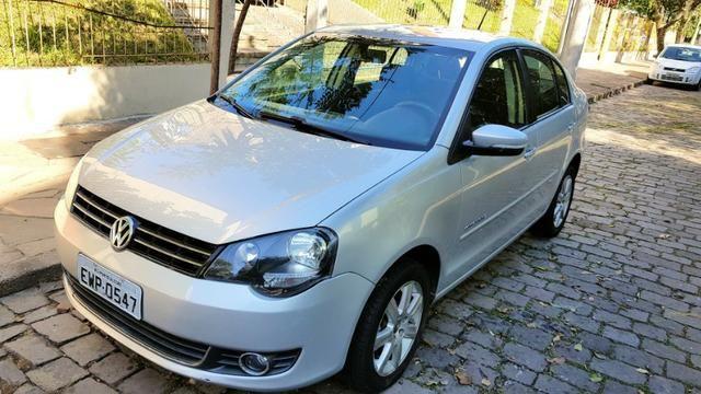 VW Polo Sedan 1.6, 2012, Confortline, Automático, 71.500km rodados, excelente estado!
