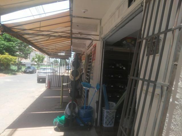Vende Se Casa em área Comercial - Foto 6