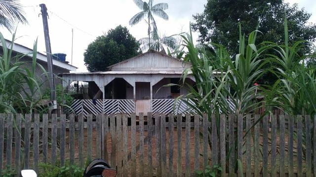 Vendo ou troco essa casa na Vila redenção