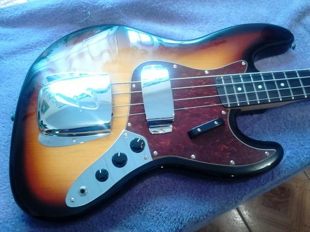 Baixo Fender Jazz Bass Korea Vintage