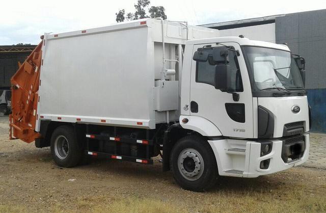 Aluguel caminhão compactador prensa coletor de lixo - Foto 10