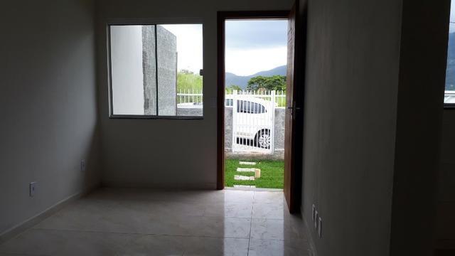Casa nova com 02 dormitórios - Foto 4