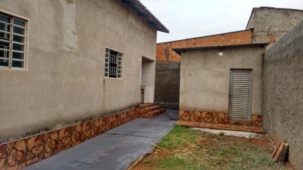 Casa  com 3 quartos - Bairro Jardim Ipanema em Goiânia - Foto 7