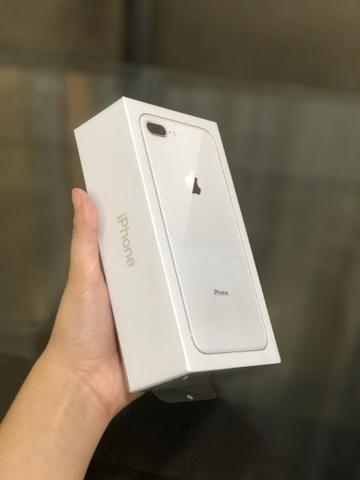 IPhone 8 Plus 64gb - Prata - Lacrado, 1 ano de garantia Apple - Foto 2