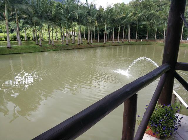 Lindo sitio urbano a menos de 4 km do centro da cidade 3 casas piscina lagoa - Foto 7