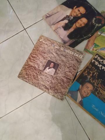 Vendo discos antigos inclusive Nelson Ned - Foto 2
