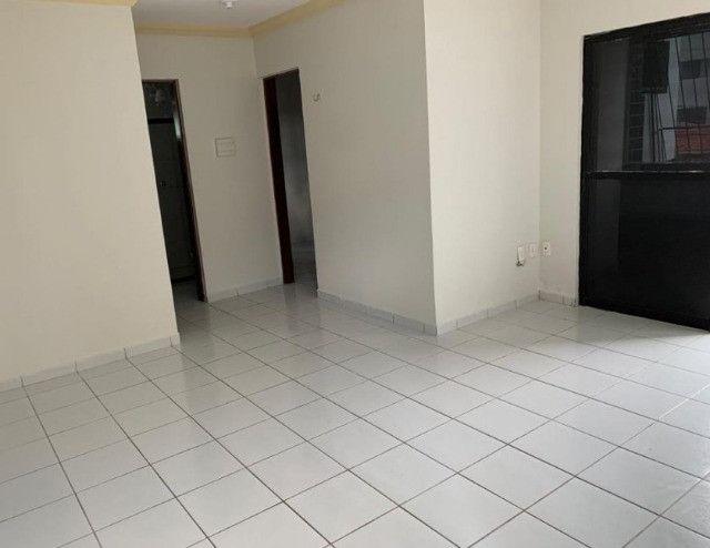 Apartamento no Bessa, 02 quartos, varanda e vaga de garagem. Pronto para morar!! - Foto 6