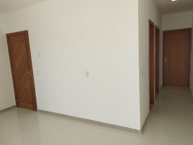 Casa nova, 2 quartos com suite, quintal na frente e nos fundos - Foto 3