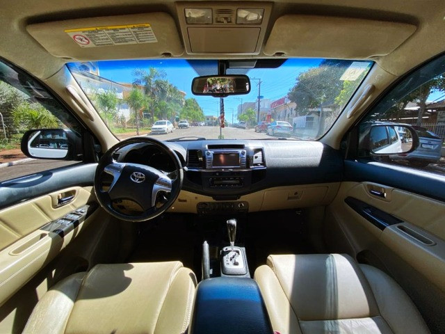 Toyota/Hilux SW4 SRV 4X4 2014 Branc - Foto 7