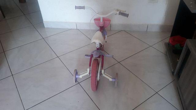 Bicicleta infantil  230.00 reais