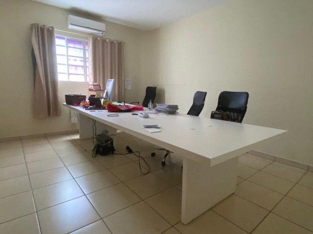 Móveis de escritório.