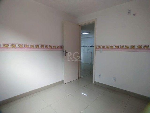Apartamento térreo  com pátio 2 dormitórios no condomínio Reserva da Figueira no bairro Lo - Foto 12