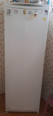 Refrigerador Defrost Esmaltec+ Fogão 4 bocas