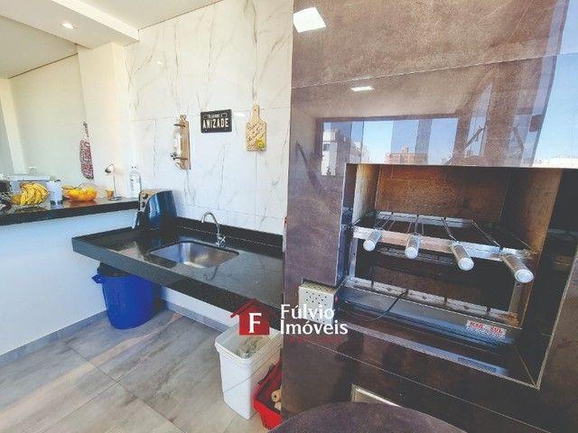 Cobertura Espetacular com 3 Quartos, Varanda Gourmet, Lazer, Vaga de Garagem, Elevadores e - Foto 19