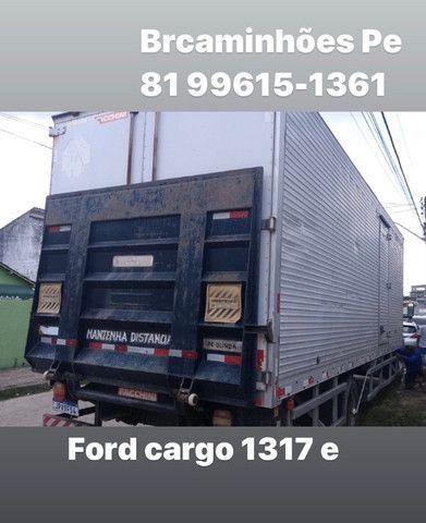 Ford cargo 1317 e ano 2007 baú 9 metros - Foto 3