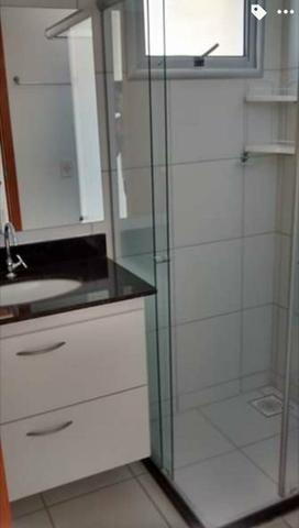 Apartamento de dois quartos com suítes