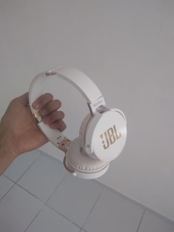 Fone JBL JB950 primeira linha após o original