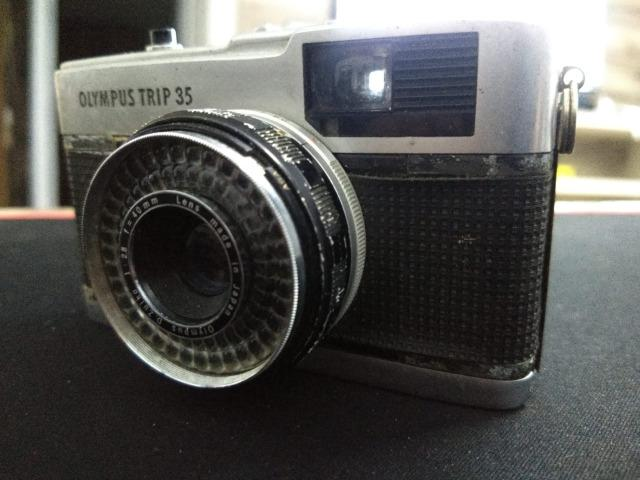 Câmera olimpus trip 34 relíquia funcionando