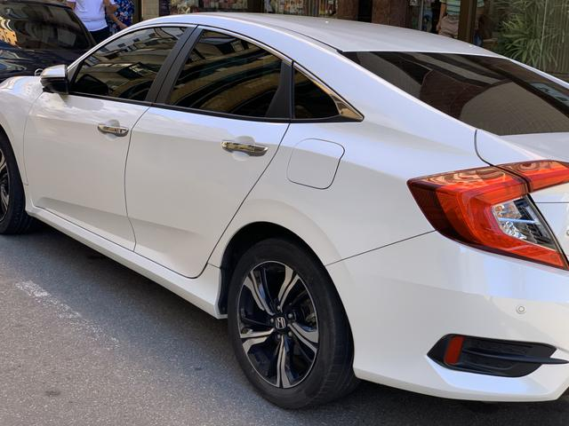 Honda Civic Touring 1.5 turbo 16/17 unico dono - Foto 3