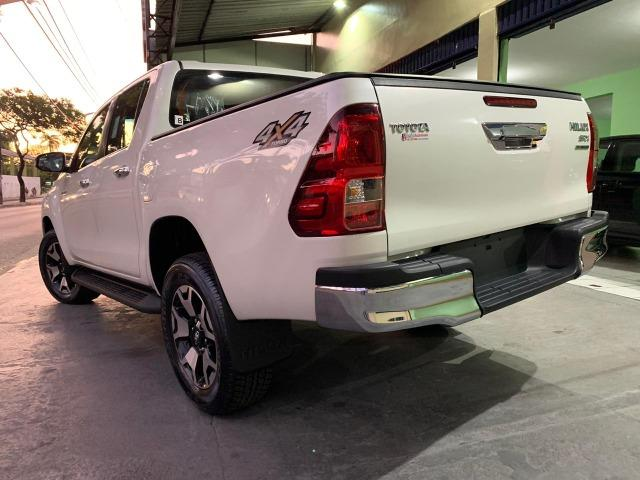 Toyota Hilux SRX 2.8 Branco Perola 2020 0KM - Foto 8
