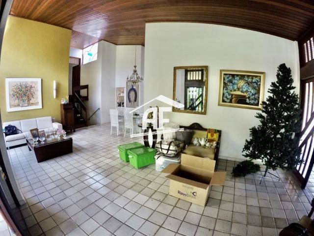 Casa construída em 2 lotes no condomínio Jardim do Horto - Área de lazer completa - Foto 5