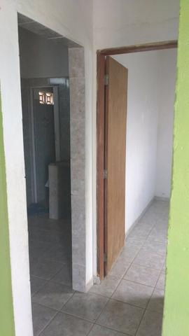 Aluga-se uma casa na Cidade Tabajara - Foto 4