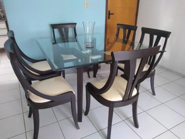 Mesa com seis cadeiras - Foto 2