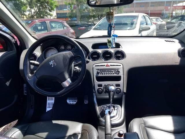 Peugeot 408 2012 feline
