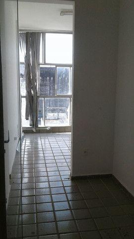 Alugo sala comercial a partir de 650,00 Ed. Brasilar - Foto 4