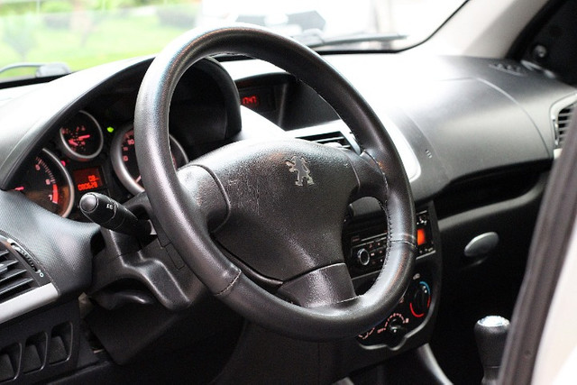 Lindo Peugeot Passion Xr 1.4 8v baixo km - Foto 10