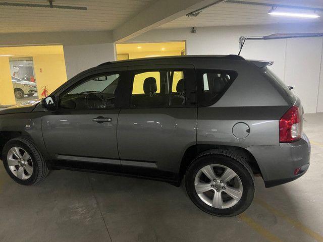Jeep Compass Sport 2.0 automática muito nova OBS: taxa de 1%no cartao de credito - Foto 10