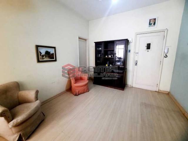 Apartamento à venda com 1 dormitórios em Glória, Rio de janeiro cod:LAAP12773