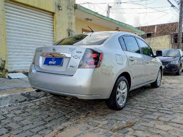 Nissan Sentra 2.0 S 16V Flex 4P Automático - Extra! Oportunidade Única! - Foto 6