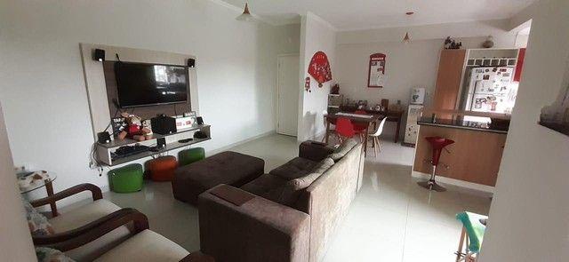 Apartamento mobiliado no Condomínio Ilha Bela
