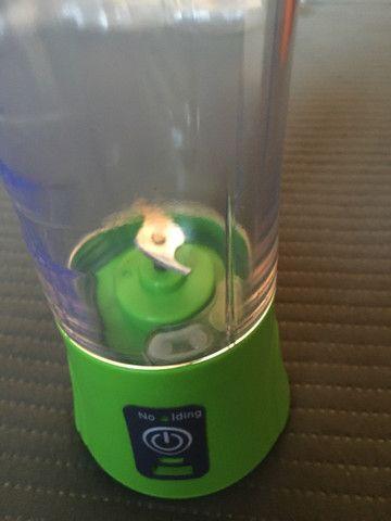 Coqueteleira copo mixer elétrica e recarregável. - Foto 3