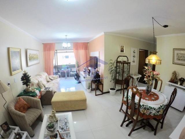 Apartamento em ótima localização - Edifício Arlindo Soares - Jatiúca