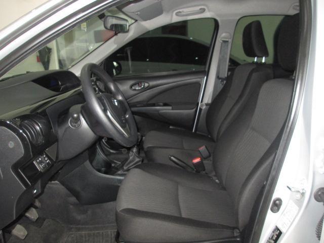Toyota Etios Hatch Etios X 1.3 (Flex) - Foto 8