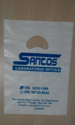 500 Sacolas-plastica-personalizada-em-sao-luis_Modelo-alca-vazada-boca-de-palhaço - Foto 3