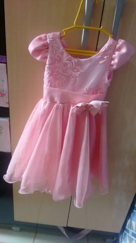 Vendo este vestidinho infantil