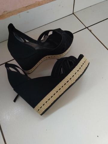 Vendo essa linda sandália - Foto 3