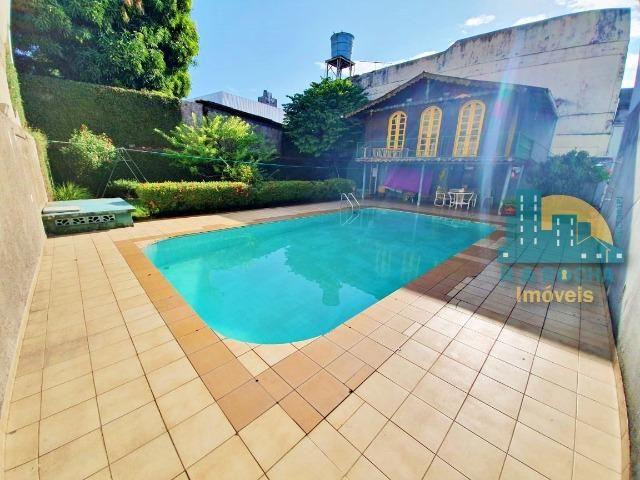 Casa com 4 quartos amplos e uma linda piscina - Duplex com 260m² - 3 vagas